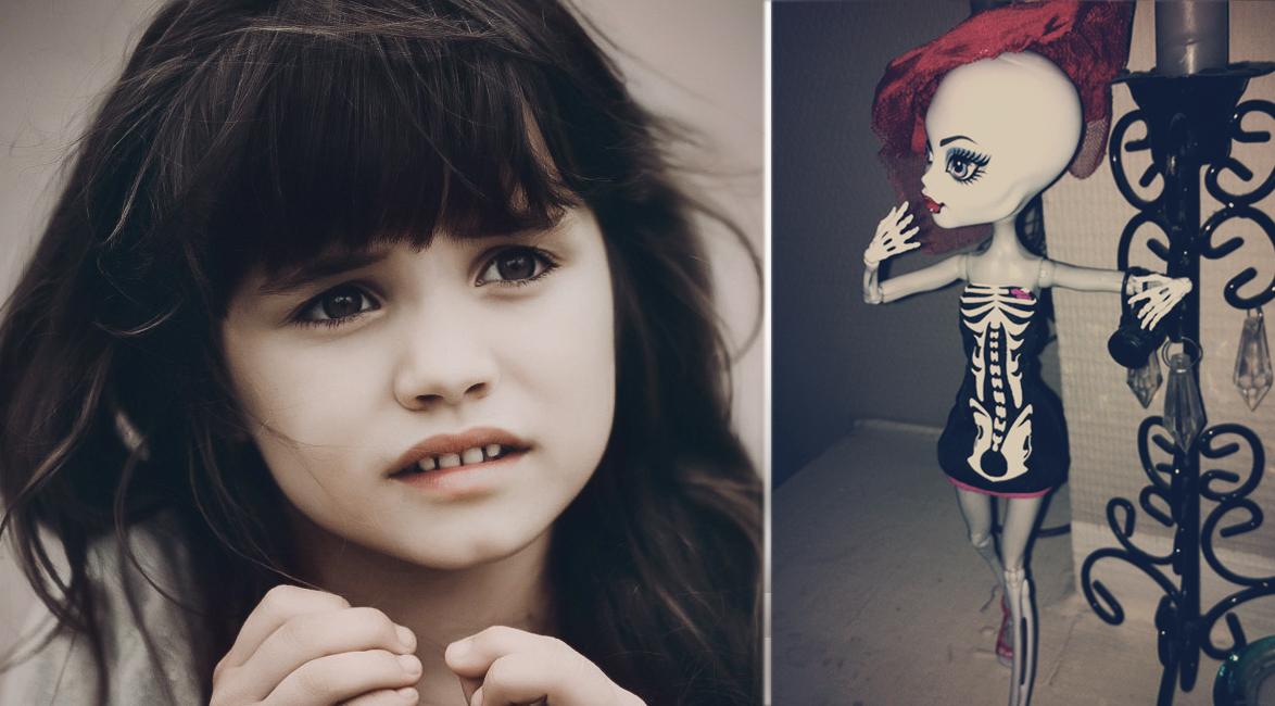ребенок просит купить куклу монстра